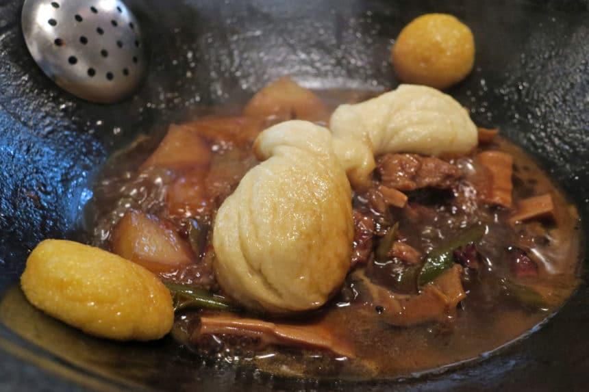 東京・根津『味坊鉄鍋荘(あじぼうてつなべそう)』山東料理