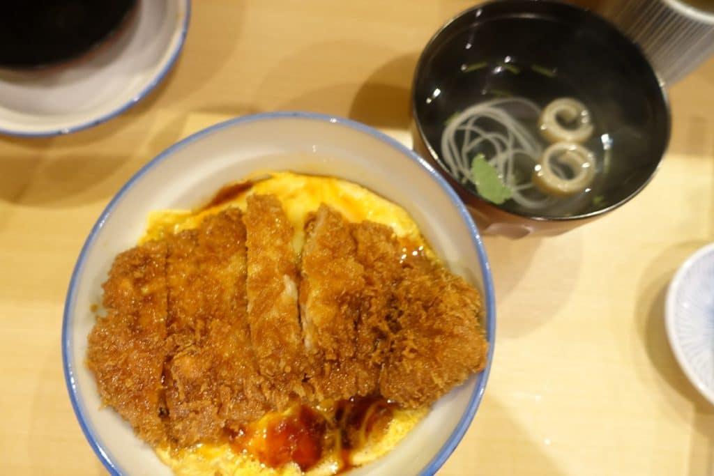 新感覚の「かつ丼」で一躍人気店になった裏渋谷『かつどん屋 瑞兆』