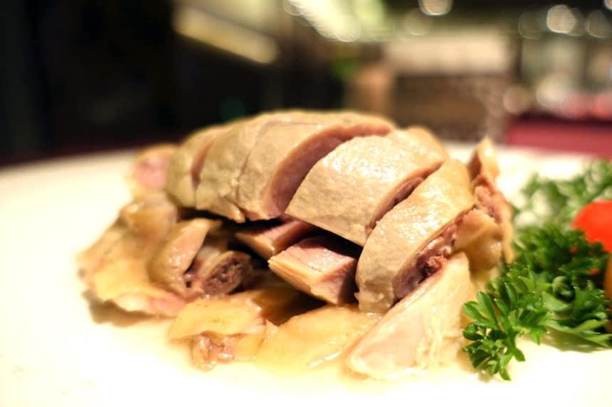 南京ダック、豚スペアリブ、得月童鶏、豚角煮…江蘇省の名店、肉料理のスペシャリテ4選