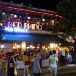 カンボジア・シェムリアップ『The RED PIANO(ザ・レッドピアノ)』カフェ・バー