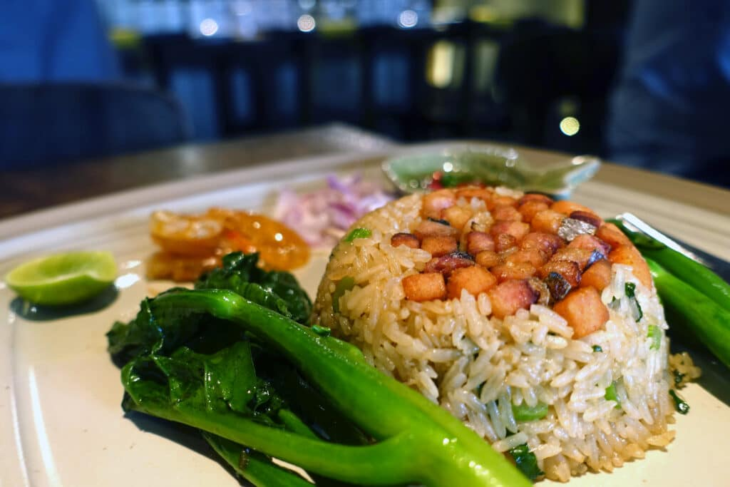 タイ・バンコク『Supanniga Eating Room Sathon(スパンニガー イーティング ルーム サトーン店)』タイ東北料理