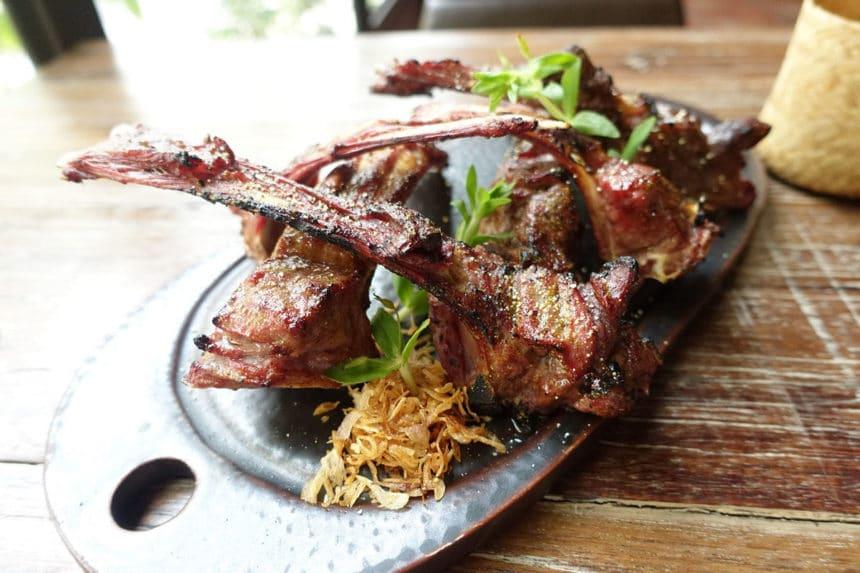 タイ・バンコク『ワンハンドレッド・マハセット(100 Mahaseth)』タイ北部料理