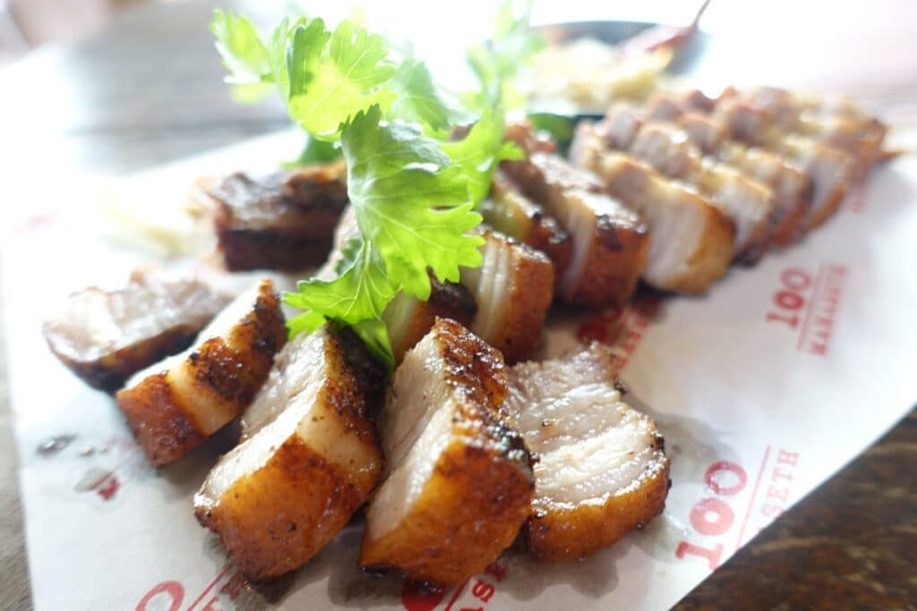 タイ・バンコク『100 Mahaseth(ワンハンドレッド・マハセット)』タイ北部料理 ☆