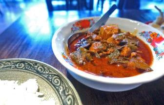 タイ・バンコク『シートラート レストラン&バー(Sri Trat Restaurant & Bar)』タイ東部料理