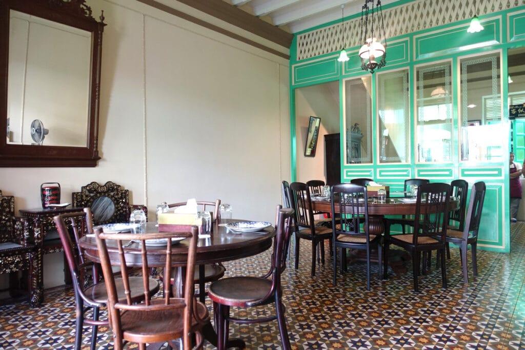 タイ・プーケット『The Charm dining gallery(ザ チャーム ダイニング ギャラリー)』タイ南部伝統料理