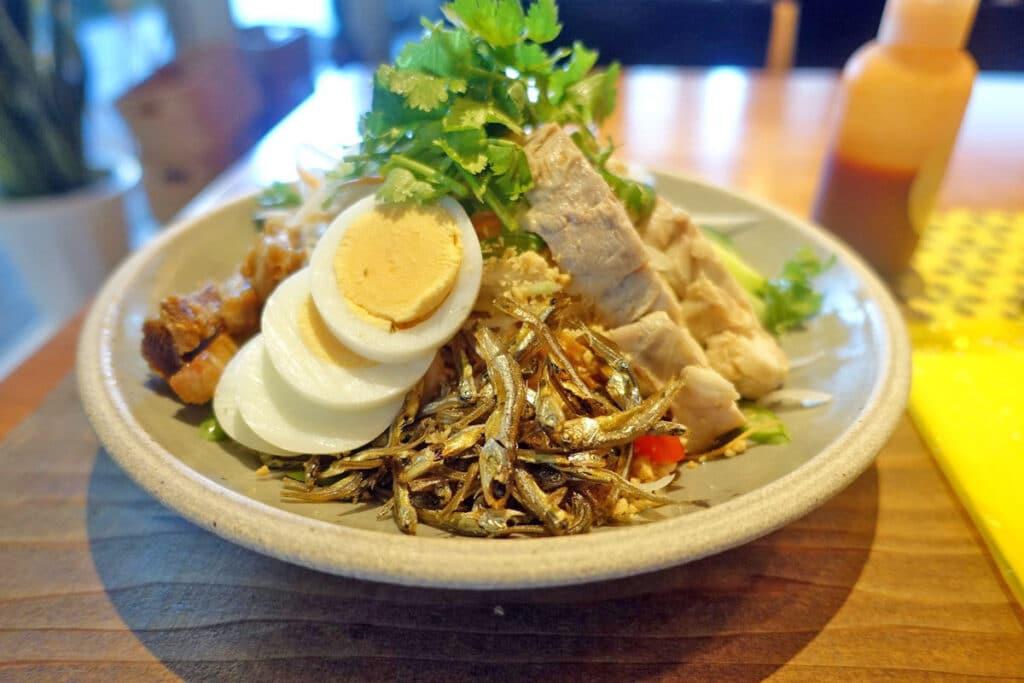 東京・渋谷『CHOMPOO(チョンプー)』タイ料理